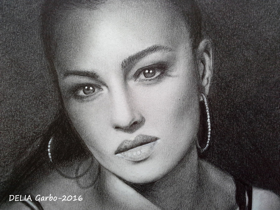 MONICA_BELLUCCI_DRAWING_285737.jpg