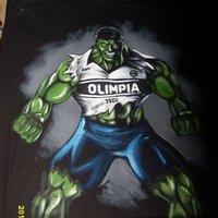 Hulk pintado sobre camiseta