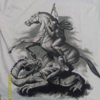 Camiseta pintada a mano de San Jorge