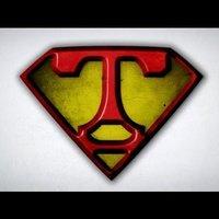 16- Transformar de Photoshop, Siéntete un Superman del dibujo - DibujarBien.com