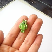 Mini Android en porcelana fría