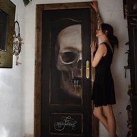 Calavera en puerta (originalidad ante todo)