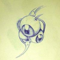 Ojos con un pequeño tribal biomecánico