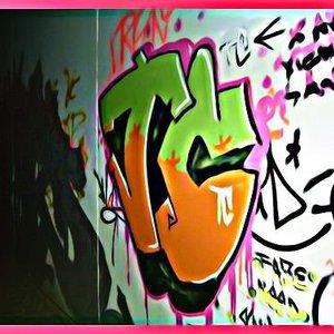 trouble_crew_35061.jpg