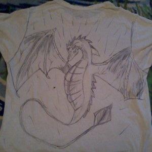 dragon_en_una_camiseta_42609.jpg