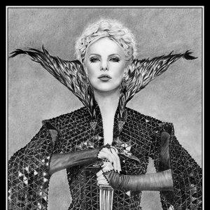ravenna_blancanieves_y_la_leyenda_del_cazador_47115.jpg