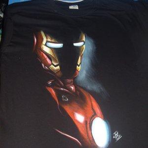 camiseta_pintada_a_mano_ironman_57287.jpg