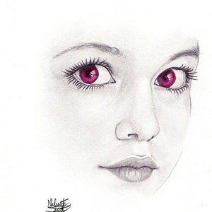 en_clase_de_dibujo_mi_novia_w_y_sus_ojos_57941.jpg