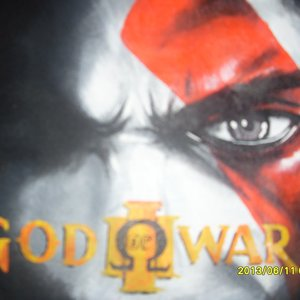 Mas una Camiseta de God Of War