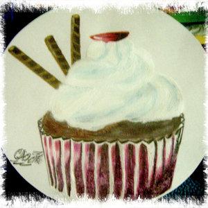 cupcake_con_tres_tubos_de_chocolate_wafer_68412.jpg