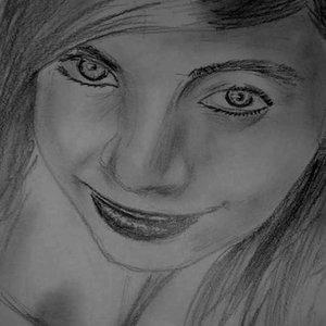 smile_loking_up_50379.jpg