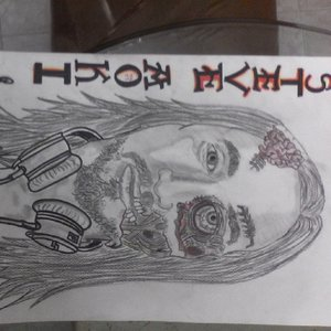 steve_aoki_mitad_zombie_83447.jpg