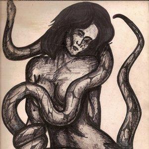 mujer_con_serpiente_74378.jpg