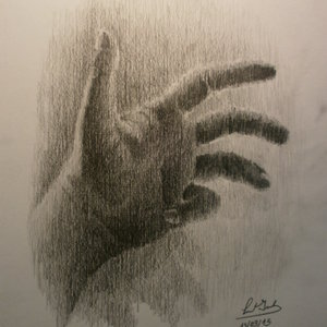 Simple_estudio_de_mi_mano_(en_honor_a_da_Vinci).