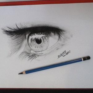 Ojos_angelicales__por_que_no_miras_hacia_atras_217854.jpg