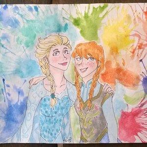 Anna___Elsa_Frozen1_253576.jpg
