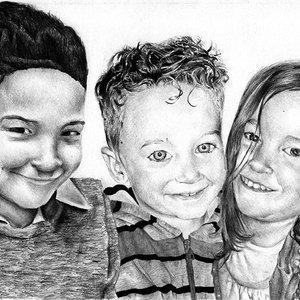 Nahuel, Santino y Candela retrato a Lapiz