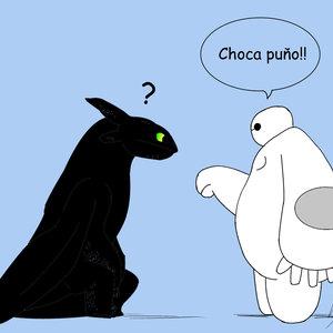 Choca_puYAo_baymax_y_desdentao_259476.jpg