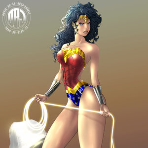 wonderWoman_low_MB_316715.jpg