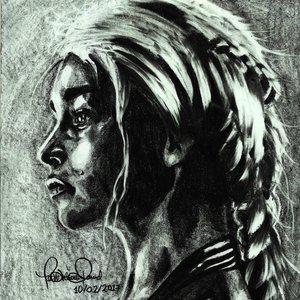 43___Emilia_Clarke_como_Daenerys_Targaryen_327359.jpg