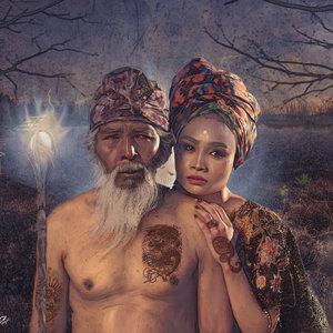 La_tribu_365603.jpg