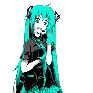 Miku_Hatsune_Love_is_War_365584.png