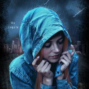bajo_la_lluvia_con_marco_negro_369284.jpg
