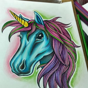 Dibujando Unicornio