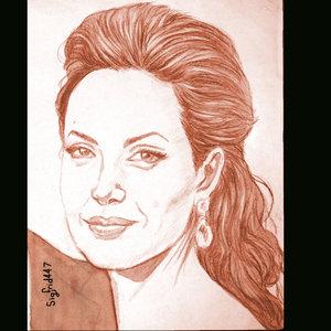 Angelina_395703.jpg