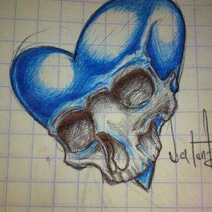 Cráneo azúl