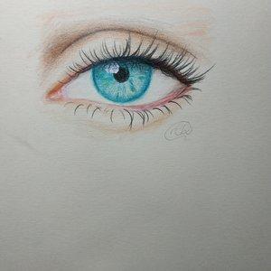 ojo realista