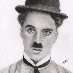 Charlie_Chaplin_450050.jpg