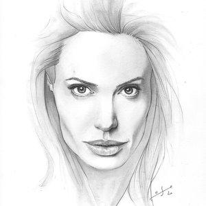 Angelina lápiz