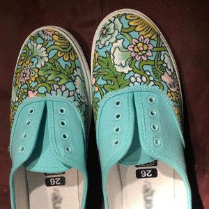 shoes_468161.jpg
