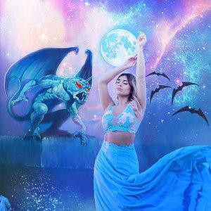 Kiara_full_moon_462915.jpg