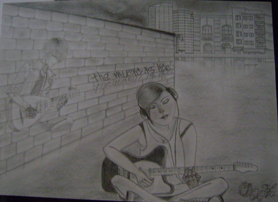 chica_tocando_guitarra_en_un_callejon_de_la_ciudad_64102.jpg
