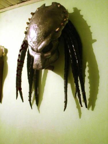 predator_wolf_helmet_66725.jpg