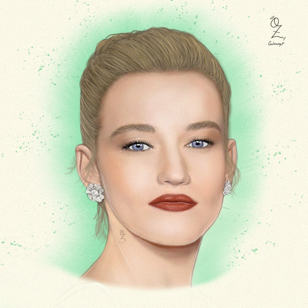Julia_Garner_text_386064.png